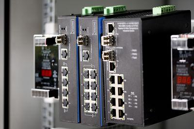 Assmann DN-651109 Digitus Endüstriyel Tip Yönetilemeyen Fast Ethernet PoE+ Switch
