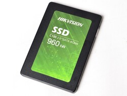HIKVISION - Hikvision 960Gb C100 550-470S Sata 3 Ssd Hs-Ssd Harddisk